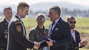 Slavnostní ceremoniál na dnech NATO.