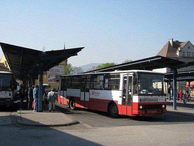 Autobusové stanoviště v Třinci.