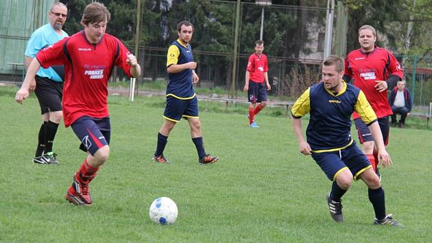 Ve 13. kole okresní soutěže hostili fotbalisté Lučiny B na svém trávníku béčko Vendryně. Z těsné výhry 2:1 se nakonec radovali domácí.