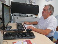 Ivan Bačák si práci promítače pochvaluje.