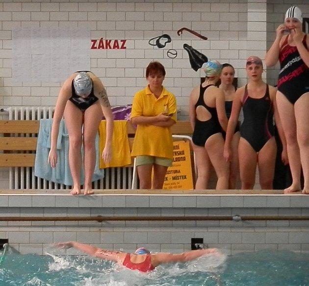Bazén na 11. základní škole ve Frýdku-Místku byl před nedávnem svědkem 5. ročníku plaveckých závodů dětí.