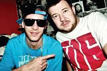 Majk Spirit, jedna z nejvýraznějších postav slovenského hip hopu, a Kamil Rudolf (vpravo).