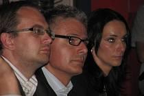 Zástupci majitelů. Vlevo ředitel společnosti CPI Byty Zdeněk Havelka, vpravo mluvčí Michaela Winklerová.