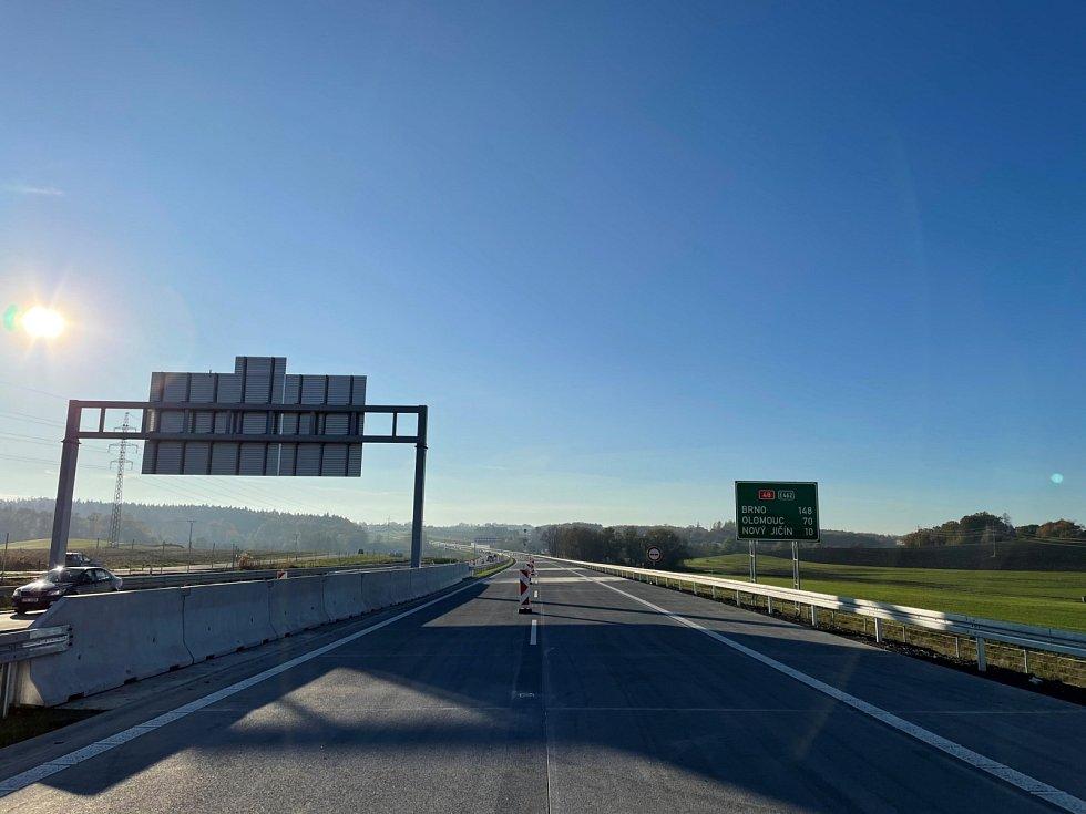 Nový úsek dálnice D48 mezi Rychalticemi a Rybím.