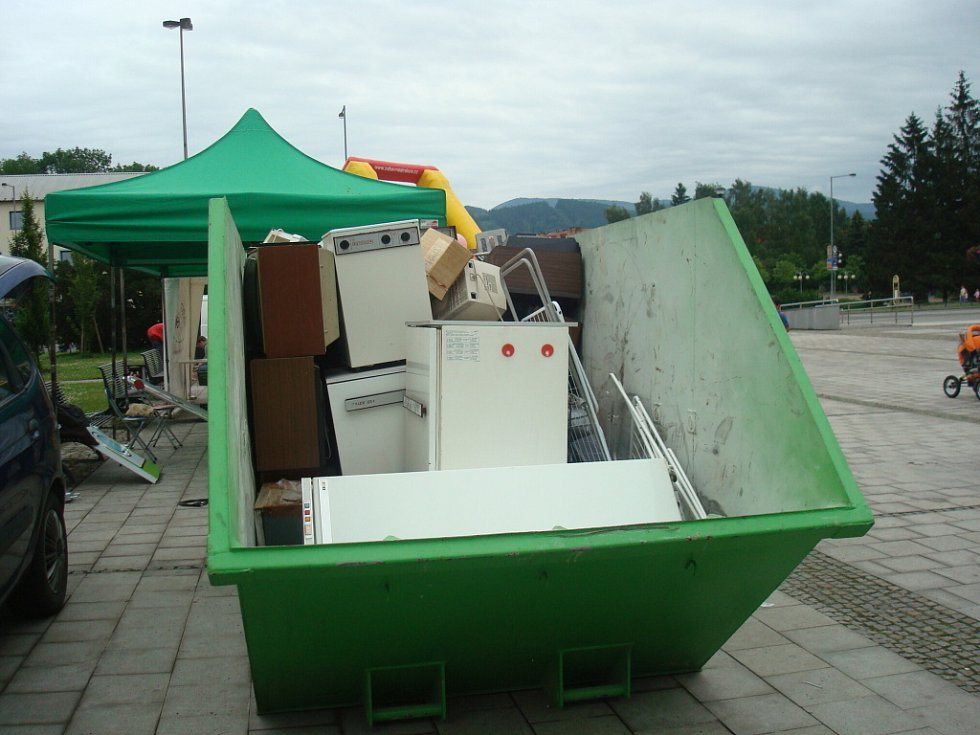 Akce na podporu sběrných dvorů a ekologické likvidace odpadu měla u občanů Třince a Frýdlantu nad Ostravicí úspěch.
