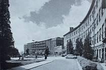 Frýdecká nemocnice na fotografii ze sedmdesátých let minulého století.