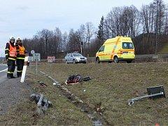 Smrtelná dopravní nehoda se stala ve čtvrtek 11. dubna krátce po třinácté hodině na silnici I/11 v Návsí.