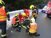 Nehoda dvou osobních aut ve Starých Hamrech.