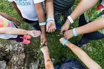 Bunkr se věnuje dětem, mladým lidem, rodinám i místní komunitě.