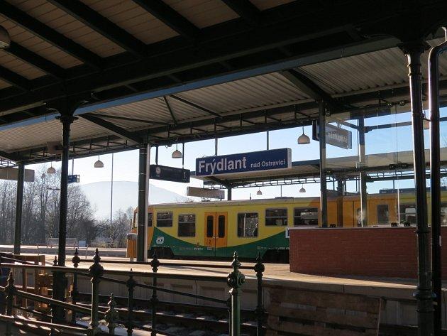 Železniční stanice ve Frýdlantě nad Ostravicí prošla loni zásadní rekonstrukcí.