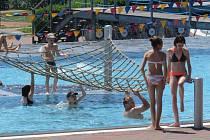 Na množství atrakcí si návštěvníci Aquaparku Olešná nemohou stěžovat.