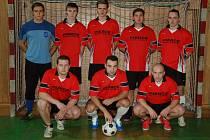 Fotbalisté MS Autoteam se probojovali do čela průběžného pořadí Frýdecko-místecké ligy v sálové kopané.