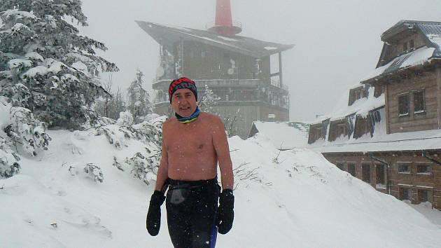 Ján Čupa chodil na Lysou horu v mrazech každý den, a to polonahý.