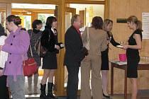 V sobotu bylo ve Frýdku-Místku slavnostně otevřeno mezinárodní zkouškové centrum University of Cambridge.
