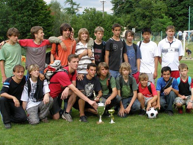 Mladí fotbalisté ze Starého Města.