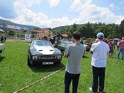 V pořadí šestý sraz veteránů, Mustangů a amerických vozidel hostil od pátku do neděle areál fotbalového stadionu TJ Milíkov.