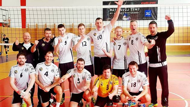 Volejbalisté Black Volley Beskydy se radují z postupu do finále prvoligové soutěže.