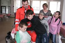 Frýdecko-místecké oblastní sdružení Českého červeného kříže připravilo pro děti ze základních škol z celého okresu soutěž mladých zdravotníků.