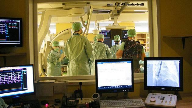 Operace v Nemocnici Podlesí.