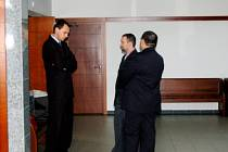 Roman Cymorek a Jaroslav Šlehofer, kteří v roce 2009 zavinili smrt učitele a zranění žáka při zorbingu, dostali u soudu jen podmínku.