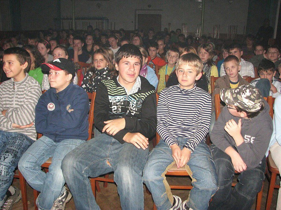 V Kozlovicích se konal výchovný koncert na téma Boj proti násilí. Akci pořádalo Občanské sdružení Beskyd ve spolupráci palkovické kapely Sagar.