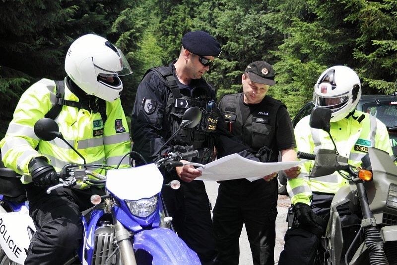 Kontroly motorkářů v Beskydech. Ilustrační foto.