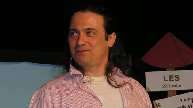 EMIL KOPČÁK ztvárnil více menších rolí.