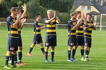 Na nedělní domácí zápasy chodí ve Frýdlantu několik stovek fanoušků. Fotbal tady totiž táhne.