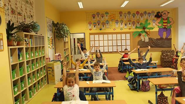 zs-leose-janacka-hukvaldy-13_denik-630-16x9 Na hukvaldskou základní školu se vrátily děti a jejich smích