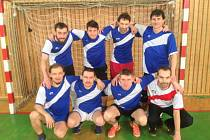 VÍTĚZEM 13. ročníku Bajza Cupu hráčů nad 35 let se stali fotbalisté FC Splav.