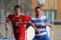 Třinečtí fotbalisté (v červeném) prohráli v Ústí nad Labem.