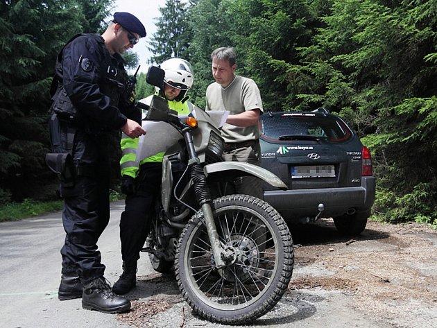 Policisté se při kontrolách zaměřili zejména na motorkáře.
