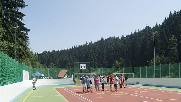 Víceúčelové sportoviště. Ilustrační foto.