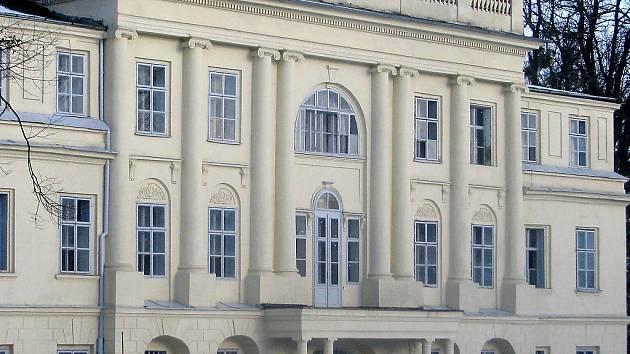 Zámek Hnojník. Ilustrační foto.