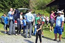 Chata Slunečná v Nové Vsi u Rýmařova se stala ve dvou týdnech na přelomu července a srpna táborovou základnou pro dva turnusy dětí ze sociálně vyloučených lokalit z Ostravska.
