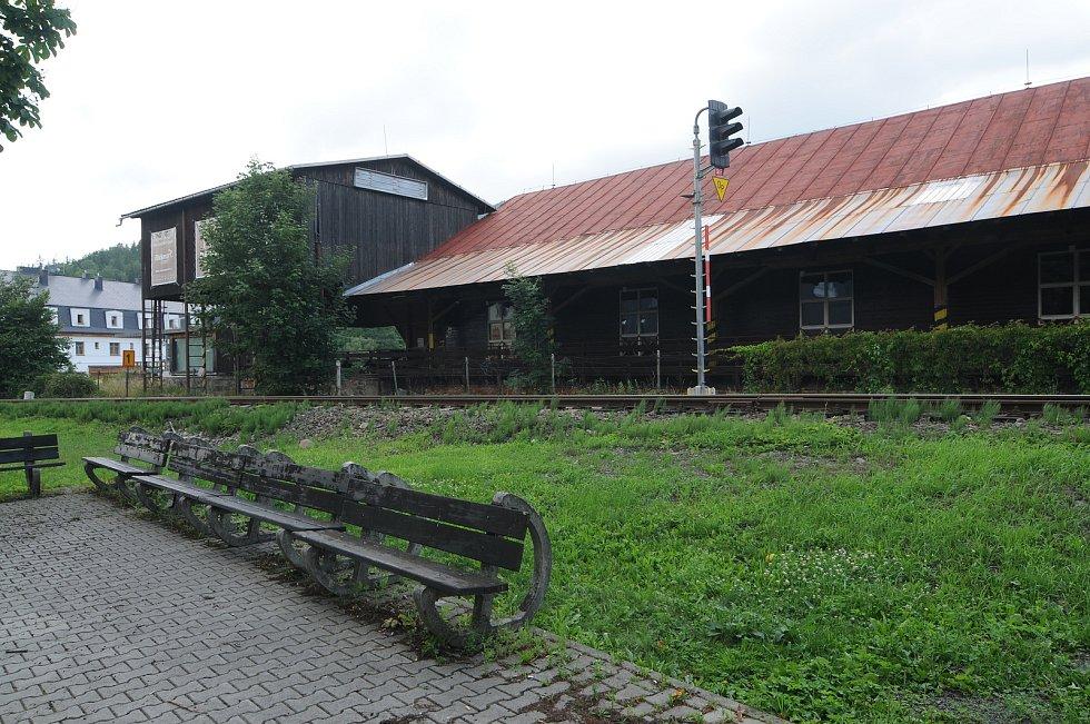 Bývalá pila v Ostravici.