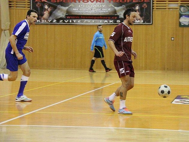 Vítězem 22. ročníku Frýdecko-místecké ligy v sálové kopané se stali fotbalisté Auto Herc.