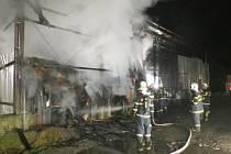 Požár seníku se suchým krmivem v Ostravici