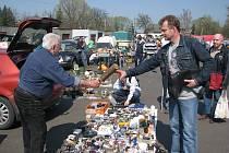 V Bašce v sobotu 10. dubna 2009 proběhla tradiční jarní motoristická burza náhradních dílů historických i současných automobilů i motocyklů. Na své si tu přišly stovky nadšených motoristů i sběratelů veteránů.