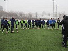 Fotbalisté Frýdku-Místku zahájili ve čtvrtek přípravu na jarní odvetnou část Fotbalové národní ligy.