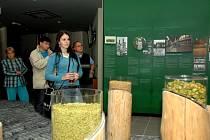 Pro návštěvníky pivovaru byla připravena výstava propojující pivo a hokej. Ilustrační snímek.