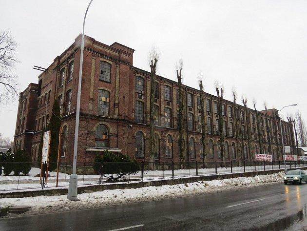 Budova bývalé textilní přádelny ve Staroměstské ulici ve Frýdku-Místku.