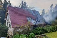 Požár střechy v Kunčicích pod Ondřejníkem.