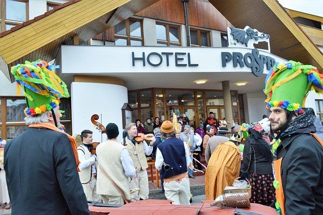 Hotel Prosper vČeladné už patří obci.