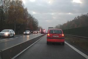 Nehoda na dálnici D56 z Frýdku-Místku do Ostravy.