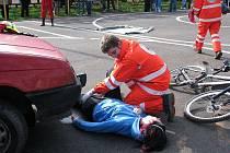 Mládež červeného kříže z Frýdku-Místku slavila dvacet let svého trvání.