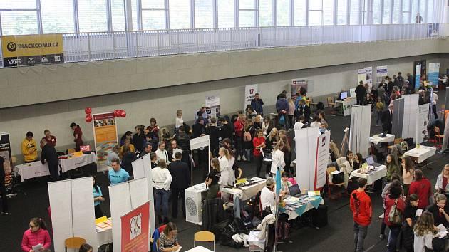 Trh vzdělávání a uplatnění v hale STaRS v Třinci.