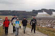Lidé vyrazili 1. ledna přivítat nový rok 2012 na horu Kubánkov – Palkovické hůrky.