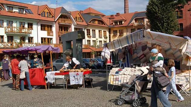 Zrekonstruované náměstí v Čeladné.