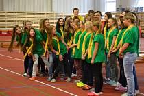Moderní tělocvična 4. ZŠ v Třinci už slouží žákům. Škola je zaměřena na sport, děti tedy mají více hodin tělocviku než jejich vrstevníci. Odpoledne zde probíhají i tréninky.